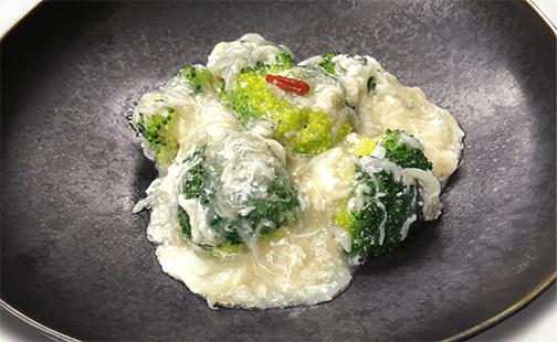 県産ブロッコリーと瀬戸内ジャコの卵白仕立て